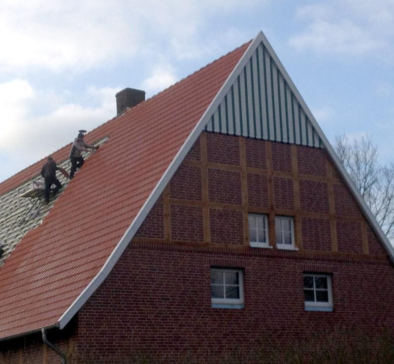 Modernisierung und Sanierung von Dächern und Fassaden